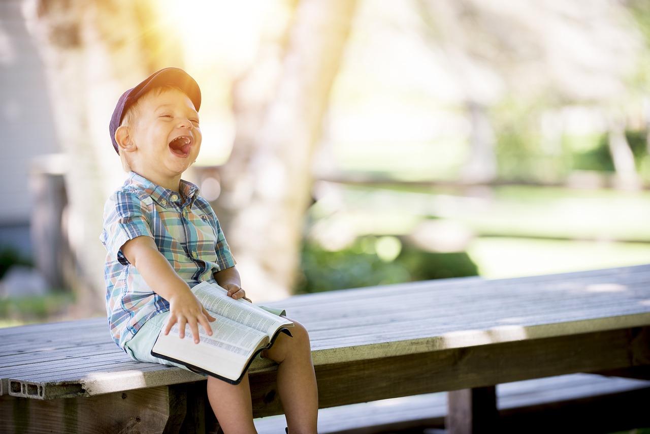 笑顔、笑う、幸せ、インナーチャイルド、子供